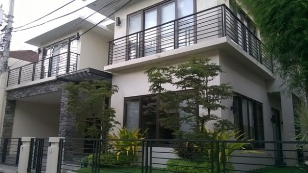 4 Bedrooms House for Rent in Banilad, Cebu City - 0