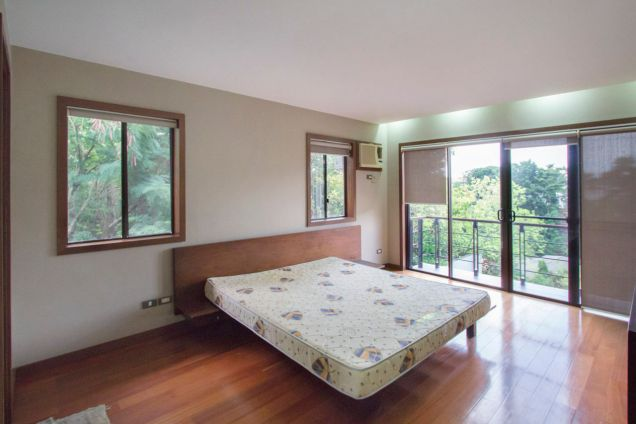 4 Bedroom House for Rent in Maria Luisa Park - 7