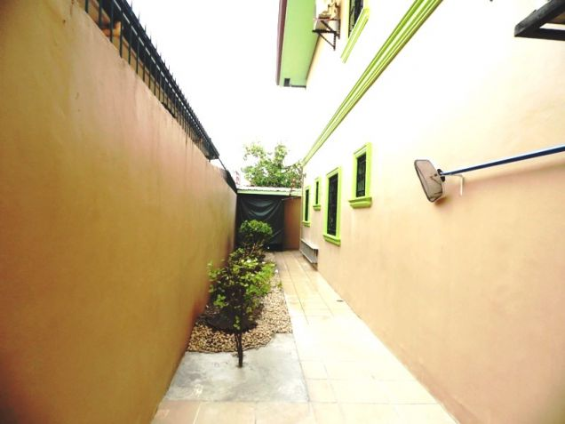 6 Bedroom House with Swimming pool for rent in Friendship - 75K - 6