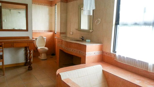 5 Bedroom House for Rent in Cebu Maria Luisa Park - 9