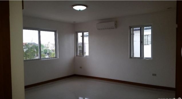 House and lot with 4 Bedrooms for rent in Angeles City - 45K - 4