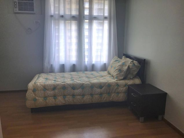 FULLY FURNISHED 2 Bedroom Condo Unit w Parking Lot, Two Serendra, BGC FOR SALE - 1