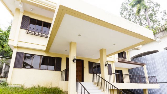 Semi-Furnished 4 Bedroom House for Rent in Maria Luisa Park - 1