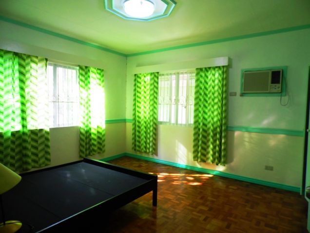 Bungalow Type House and Lot for Sale in Cut-cut  Angeles City - 9