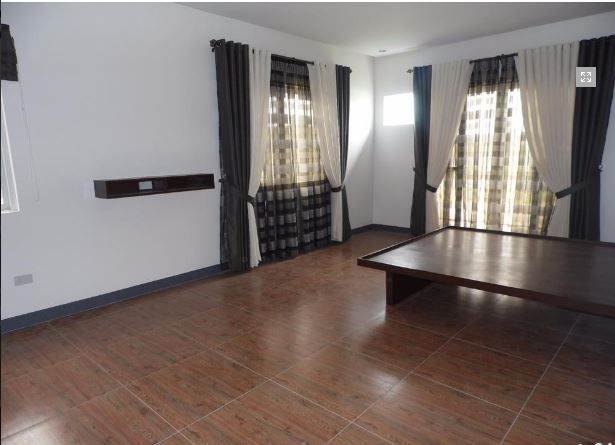 4 Bedroom Fully Furnished House and lot near SM Clark for rent - 6