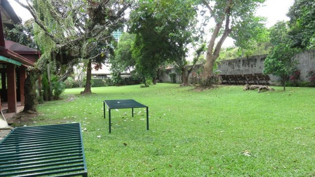House for rent in Cebu City, Gated close to I.t Park with 600 sq. m lawn nice house - 6