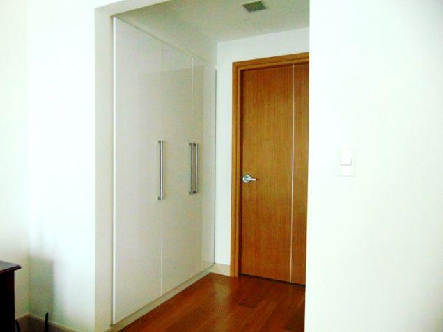 Condominium for Sale 2 Bedrooms in Cebu Business Park, Cebu City - 1