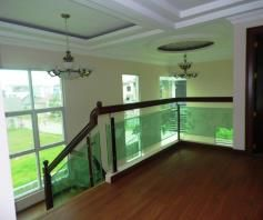W/ private swimming pool 2 Storey House & Lot For RENT In Hensonville Angeles - 7