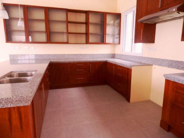 This 3 Bedroom Semi-furnished House for Rent in Angeles City, Pampanga -100K - 9