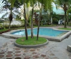 2 Bedroom Luxurious Townhouse inside a golf course in Angeles City - 80K - 5