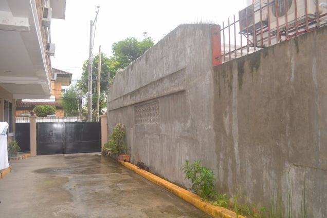 Lahug 2 storey townhouse with 3 spacious bedrooms unfurnished P25K - 8