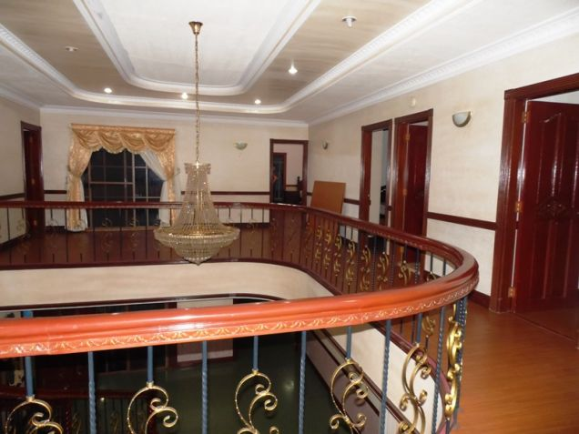 6 Bedroom House with swimming pool for rent in Hensonville - 85K - 4