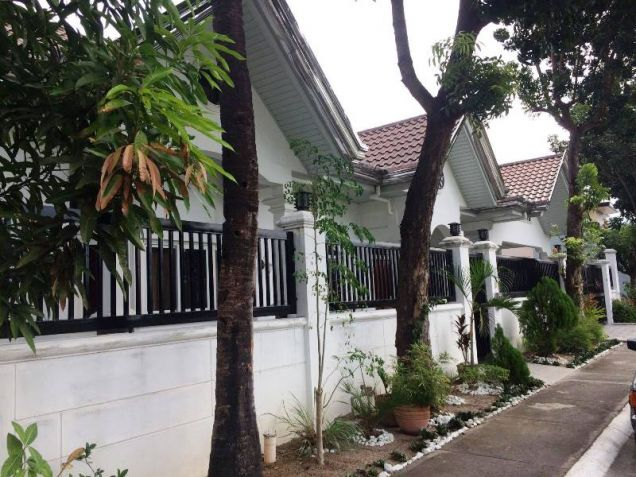 4 Bedroom House with Swimming Pool for Rent in Pandan - 65K - 5
