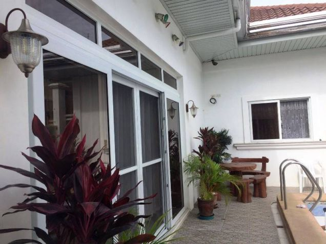 4 Bedroom House with Swimming Pool for Rent in Pandan - 65K - 3
