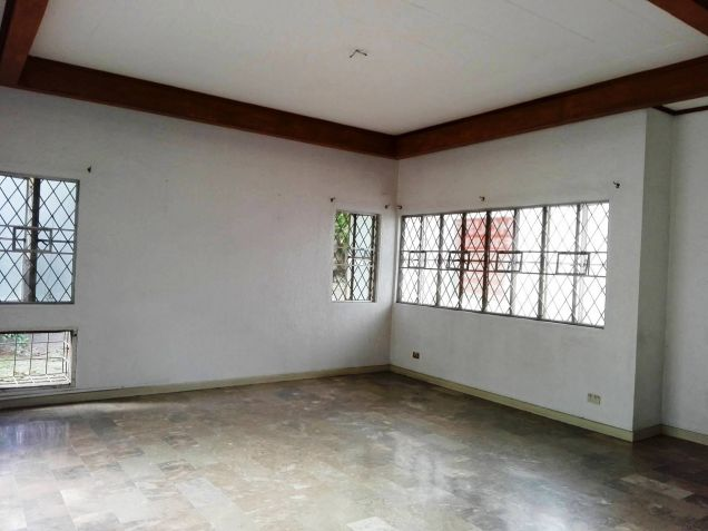 4BR Bungalow house and lot for rent in Friendship - 35K - 7