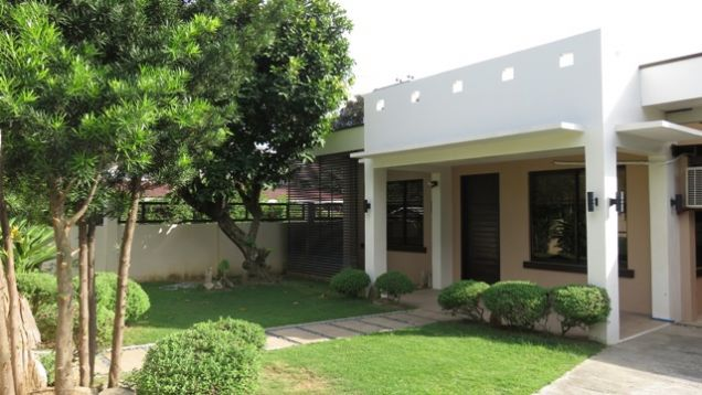 Bungalow House and Lot for rent in Lahug - 7