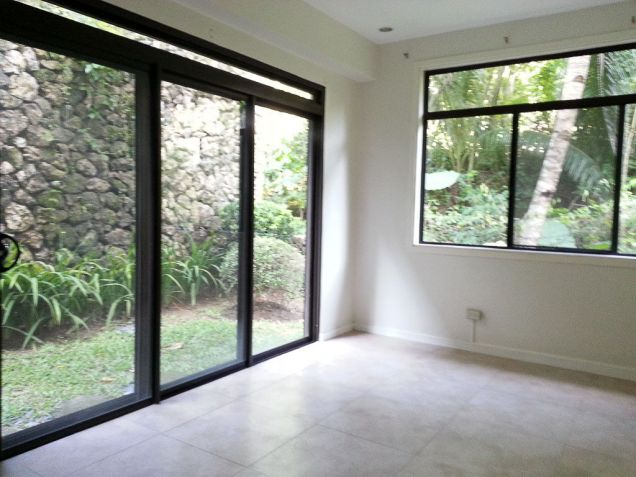 4 Bedroom House with Swimming Pool for Rent in Cebu Maria Luisa Park - 8