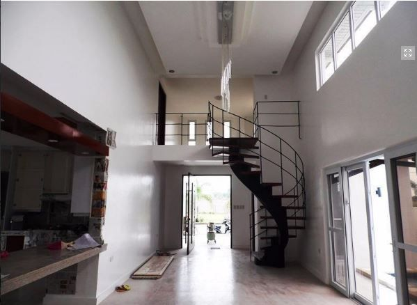 House with Swimming pool for rent - Near SM Clark! - 5