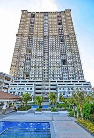 3 Bedroom RENT TO OWN Condo in Quezon City Zinnia Towers - 4