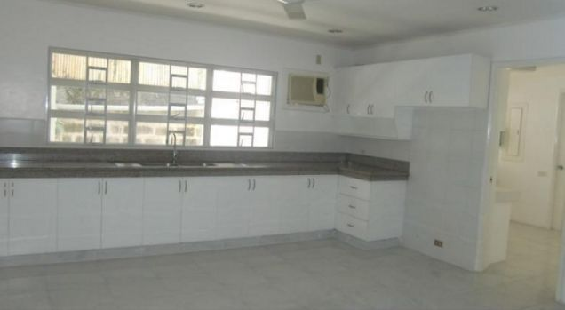 4 Bedroom stylish house for rent in Dasmarinas Village, Makati City(All Direct Listings) - 5