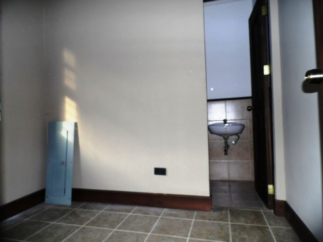 4Bedroom House & Lot For Rent In Friendship Angeles City Near Clark - 2