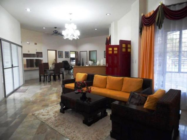Bungalow Type House and Lot forRent in Cut-cut  Angeles City - 2