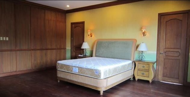 For Rent Five Bedrooms House with Pool in Maria Luisa Estate Park - 6