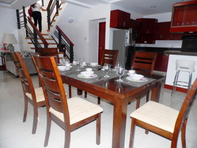 2-Storey Furnished 3 Bedroom House & Lot For Rent In Hensonville Angeles City.. - 2