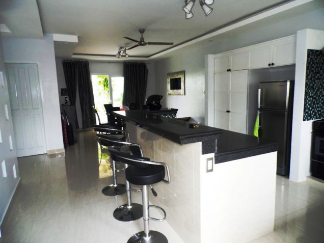 Four Bedroom House & Lot In Hensonville Angeles City Near To Clark Free Port Zone - 9