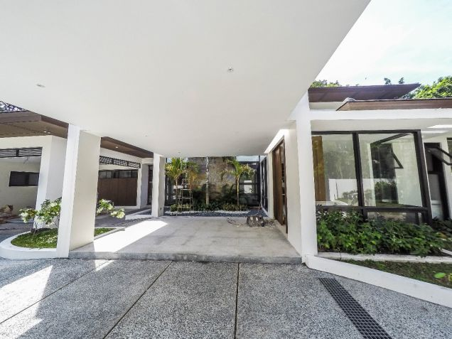 Brand New modern 4-Bedroom 2-storey house in South Forbes Park, Makati City - 9