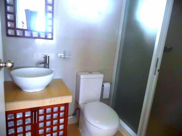 3BR House and Lot for rent near Clark - 50K - 1
