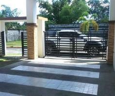 Nice House and lot with 3 Spacious Rooms for rent - 50K - 1