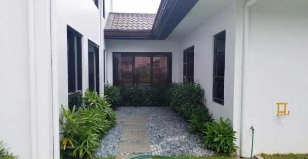 4 Bedroom furnished house with swimming pool for rent @ 120k - 5
