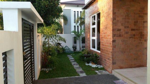 Semi furnished with 3BR house for rent in Telabastagan San Fernando Pampanga - 60K - 3