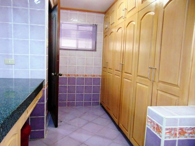 House for Rent with Swimming Pool in Banilad, Cebu City - 2