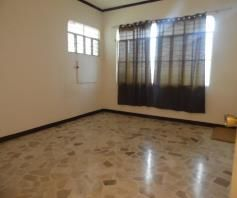Spacious Bungalow House in Balibago for rent - 25K - 1