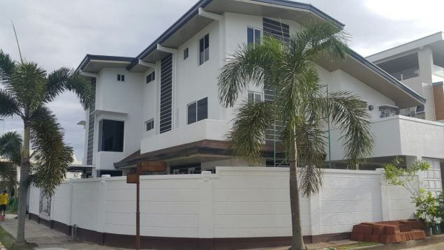 This 10 Bedrooms house for rent in Angeles City P160K - 3