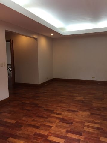 South Forbes Village, Four (4) Bedroom House for Rent, LA: 2400 sqm, FA: 820 sqm - 9