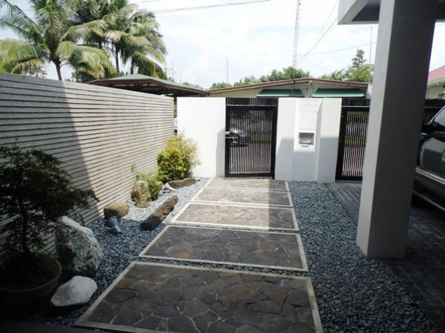Modern House and Lot For Rent !! in Friendship area @P45K - 1