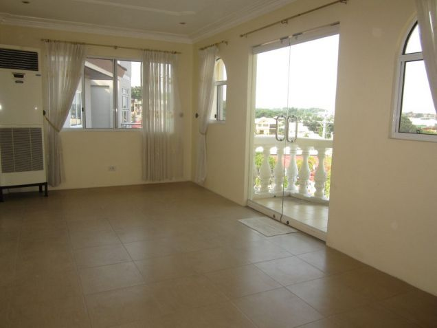 For Rent 5 Bedrooms House w/ Pool Overlooking City Banilad Cebu City - 4