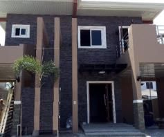 Modern House with 4 Bedroom for rent - Near SM Clark - 0