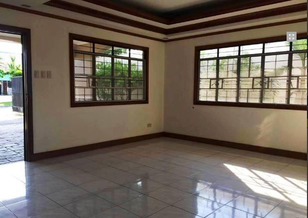 Bungalow House & Lot for RENT in Hensonville Angeles City - 7