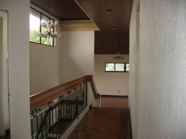 5-Bedroom House in Banilad with Swimming Pool Semi Furnished - 6