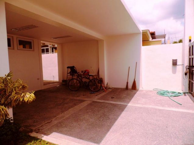 Bungalow House and Lot for Rent in Brgy. Amsic Hensonville Angeles City - 9