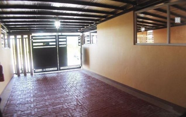 2 bedrooms townhouse for rent near in friendship - P25K - 2