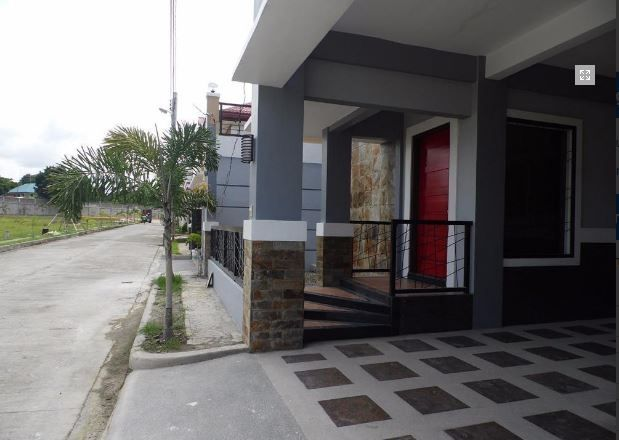 4 Bedroom Fully Furnished House and lot near SM Clark for rent - 5
