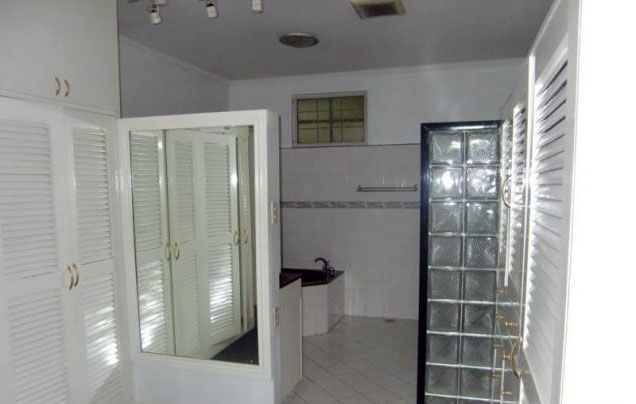 Well-Maintained 4 Bedroom House for Rent in Urdaneta Village Makati(All Direct Listings) - 1
