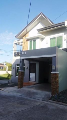 (3)Three Bedroom Fully Furnished Townhouse For Rent - 1