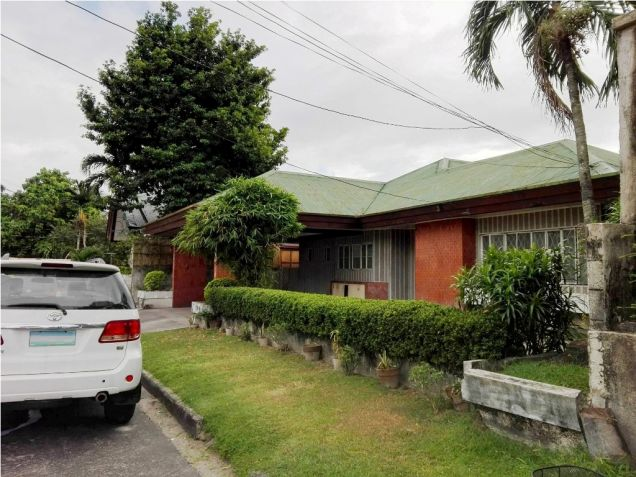 500sqm Bungalow House & Lot For Rent Along Friendship Hiway In Angeles City - 2