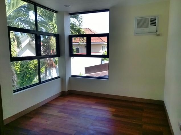 4 Bedroom House for Rent in Banilad Cebu City - 1